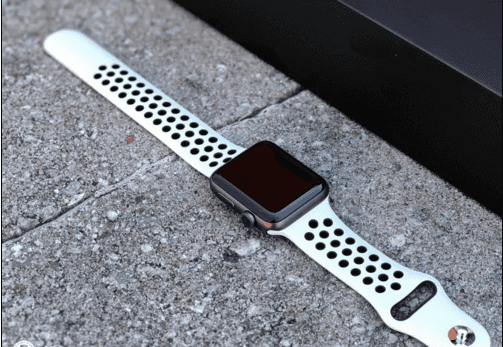 AW NikeLab 上手 这样的智能手表你会喜欢的