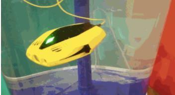 这款无人机只有iPadmini的大小 却能在水下停留15米并续航一个小时