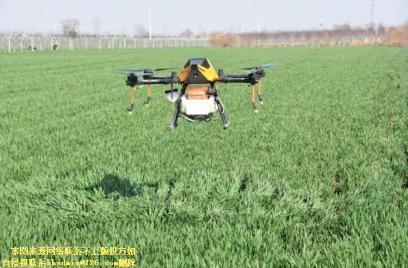 春耕時期到來 看農民們對無人機是如何評價的