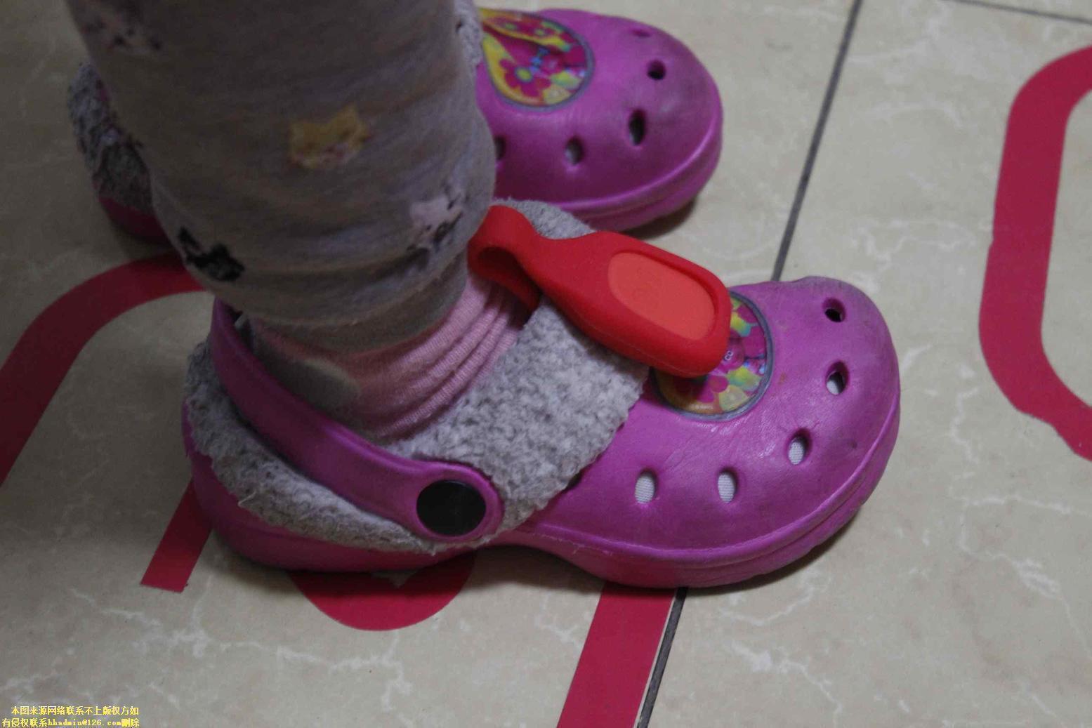 小身材大乐趣——微跑小蛙孩子的贴身玩伴